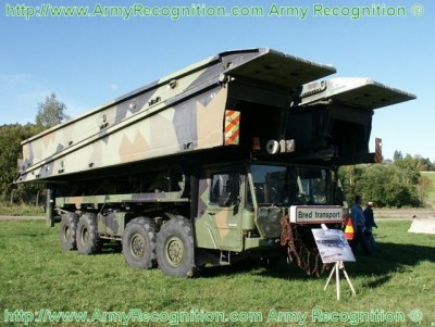 Man_truck_Leguan_vehicle_launched%20_launching_bridge_Norwegian_army_Norway_640.jpg