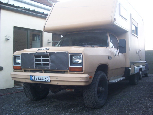 Dodge camping car 4x4 GPL_01.JPG