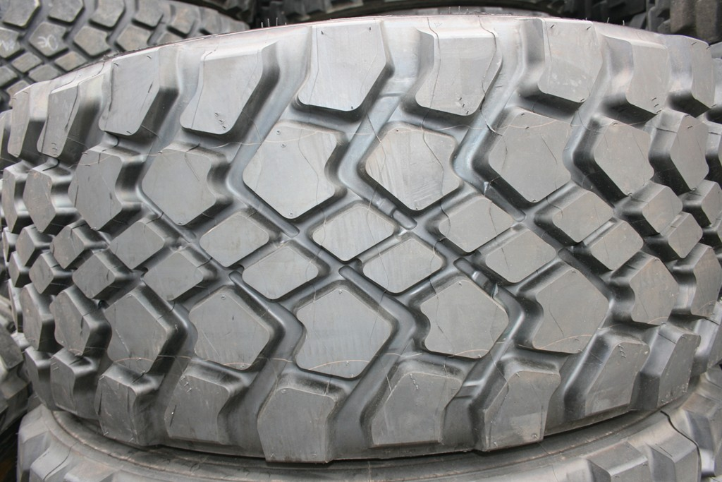 445_65R22,5_Michelin_XZL_new.JPG