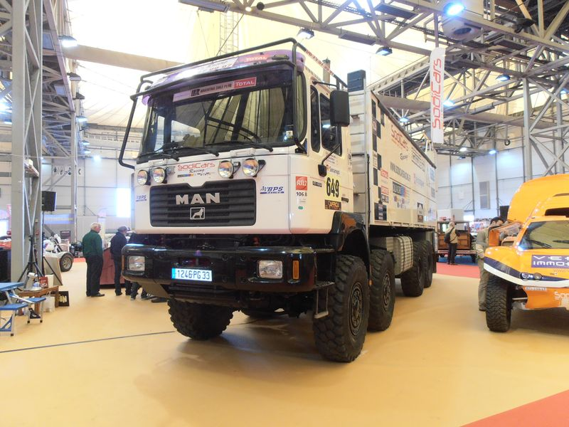 20120331_13-32-33_BORDEAUX_SALON AUTO RETRO_MAN TGA DAKAR ASSISTANCE SODICARS.JPG