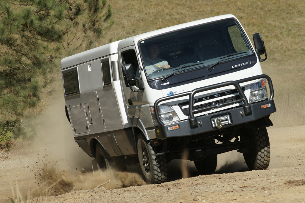 earthcruiser-kicking-up-dust.jpg