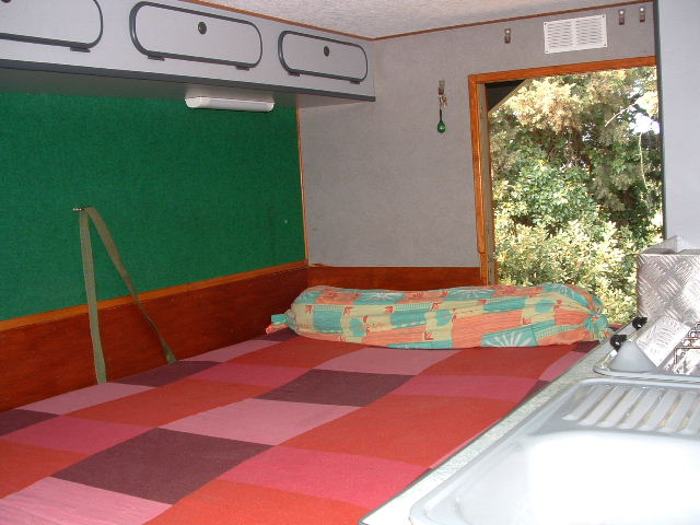 shelter équipee camping car