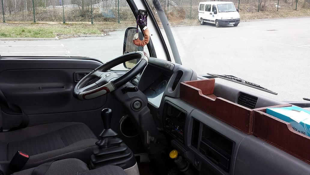 camion_cabine_avant.jpg